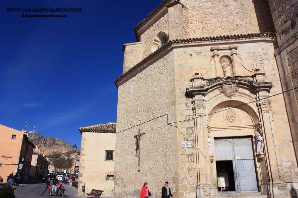 Iglesia de San Pedro en la plaza del trabuco