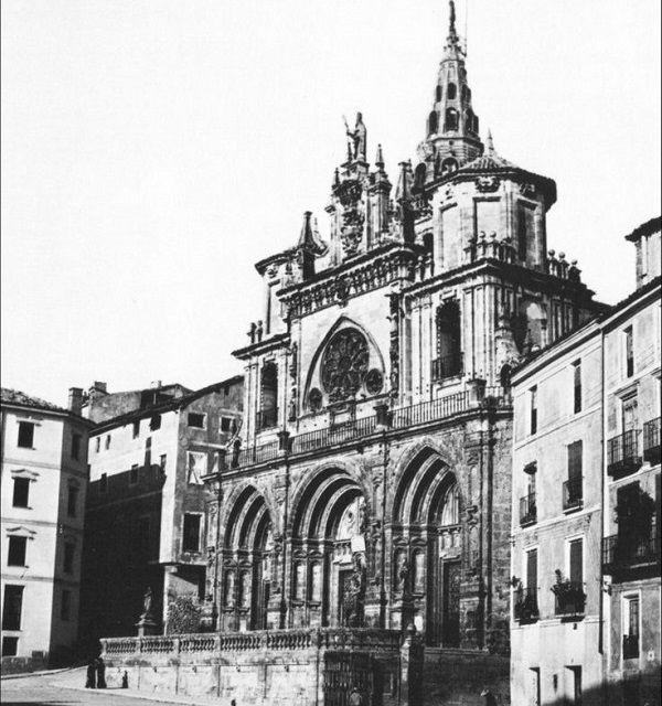 Fachada antigua catedral de cuenca