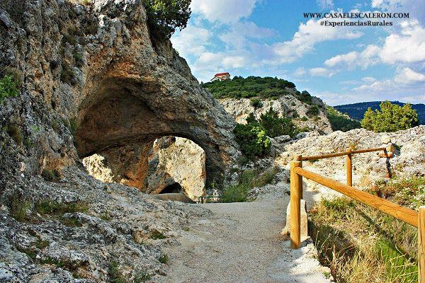 el ventano del diablo se encuentra en Villalba de la Sierra, un pueblo a las puertas de la serrania de cuenca