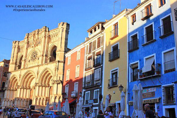 el casco antiguo de cuenca es uno de los cascos históricos más bonitos de España