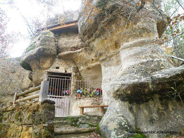 Ermita de Uña