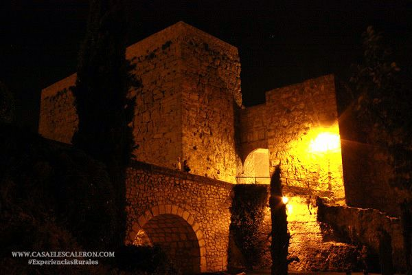 En la parte más alta de la ciudad se encuentra el Castillo de Cuenca