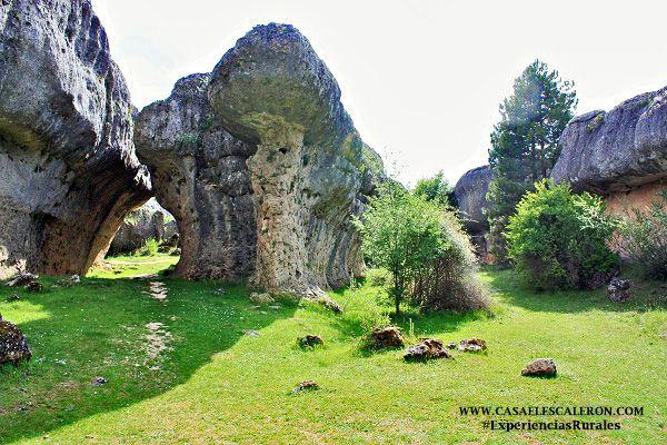 la ciudad encantada de cuenca es uno de los sitios más visitados por los turistas que visitan la serranía