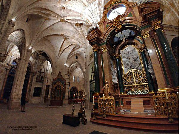 en la catedral de Cuenca podrás visitar más de veinte capillas